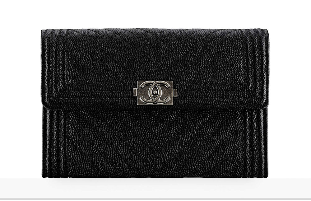 cafadf837269c8 Chanel Debuts 60 New Wallets, WOCs and Small Leather Goods Together ...