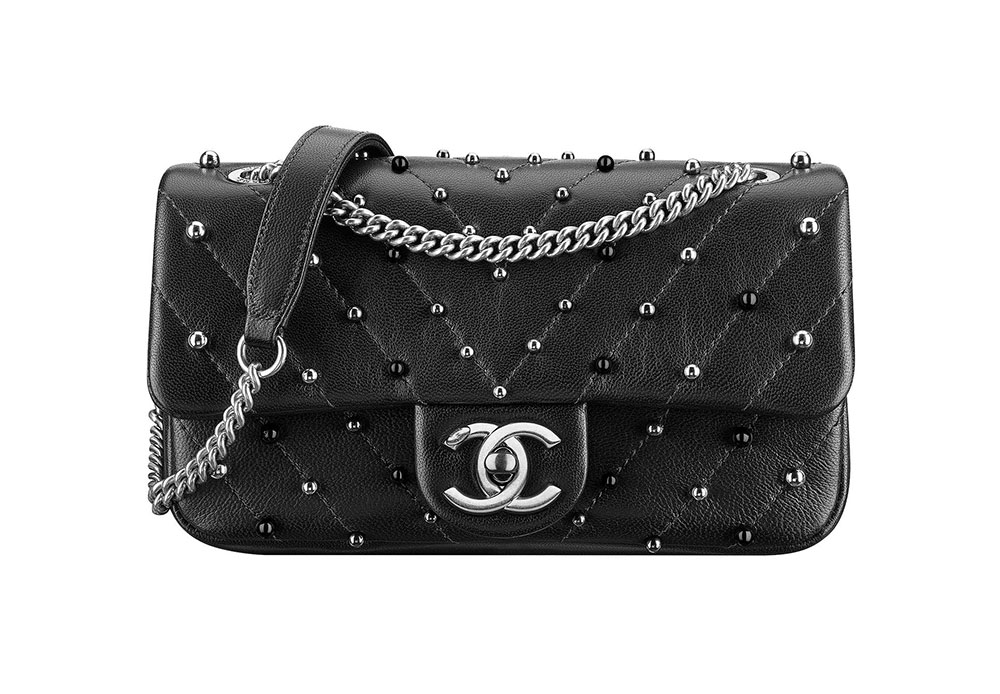 2cfd1ba0de0524 Check Out 91 of Chanel's New Fall 2017 Bag with Prices, In Stores ...